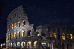 Free Tour Nocturno: Coliseo y foros