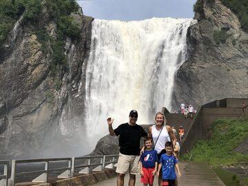Sentir la cascada   más alta de Canadá