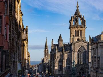 Historic Free Tour of Edinburgh. Essential