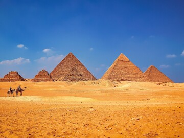 Free walking tour to the Pyramids and Sphinx of Giza