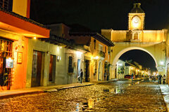 Antigua Nocturna