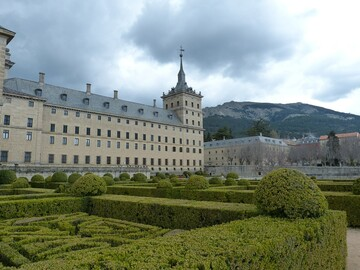 Free tour the Mysteries and Legends of El Escorial