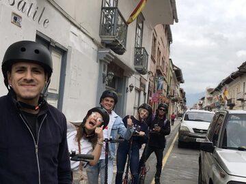 Conoce los Mejores Lugares de Cuenca tour a pie o *Scooter tour