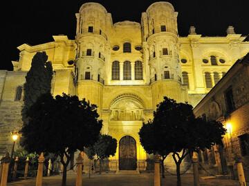 Free Night Tour of Malaga