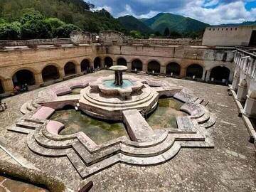 Essential Free Tour, um Antigua de Guatemala zu entdecken