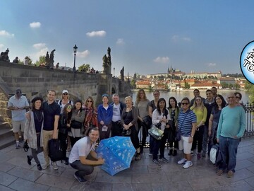 Guided tour of Charles Bridge and Prague Castle