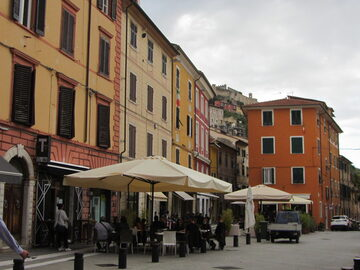 Free Tour Massa Carrara between the Apuane Alps and the sea.