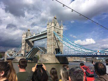 Am Ufer der Themse - Kostenlose Tour