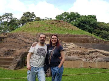 Ruinas históricas de El Salvador, Casa Blanca, El Tazumal