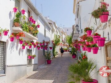 The best free tour of Estepona you can find :)