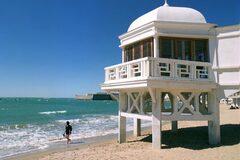 Free Walking Tour Cadiz- A mermaid of the sea