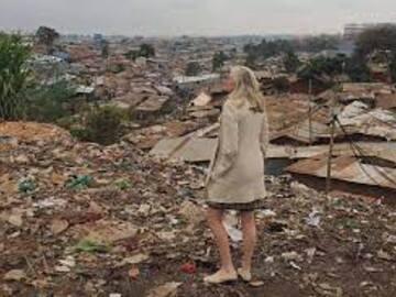 Tour through Kibera slum